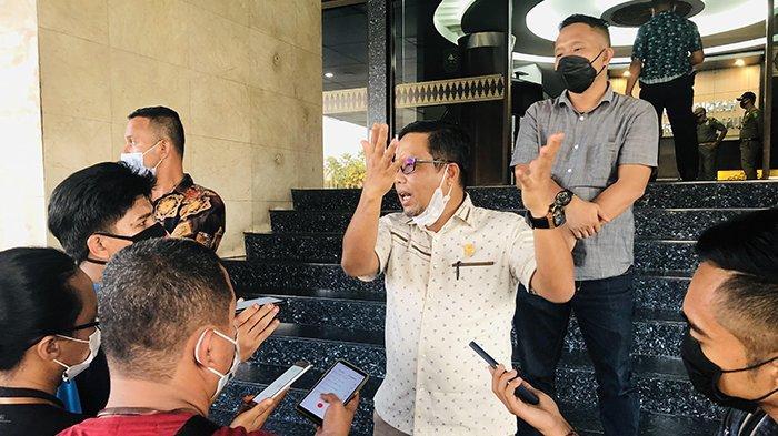 Dituduh Hadir Pada Kesepakatan dengan PT WSSI, Ketua DPRD Siak dan Asisten I Sebut Itu Fitnah