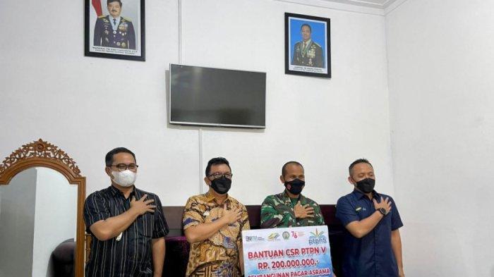 HUT TNI ke-76, Sumbangsih PTPN V Untuk Prajurit Korem 031 Wirabima