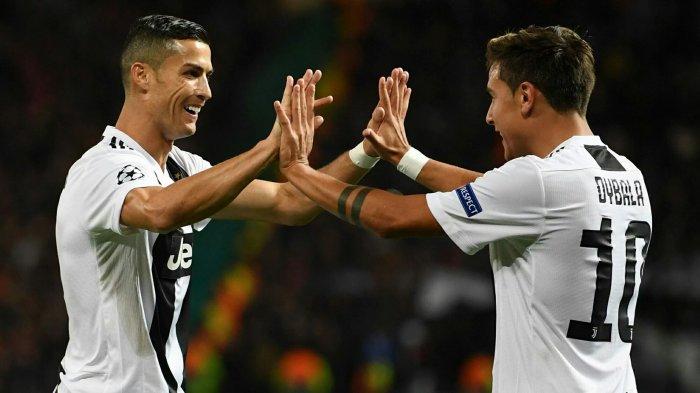 Cristiano Ronaldo dan Paolo Dybala