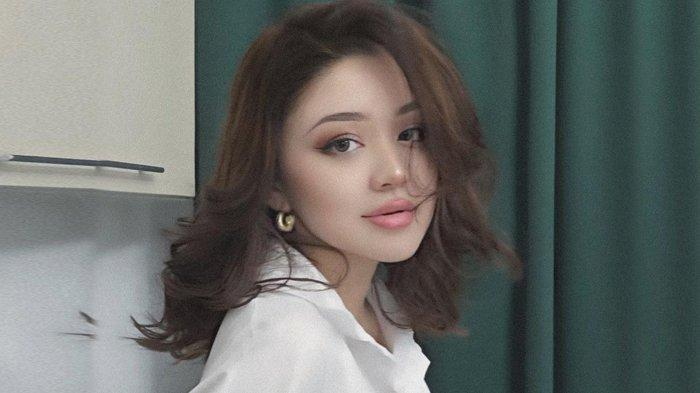 Dayana Cewek Kazakhstan Nyanyikan Lagu Element Band Cinta Tak Bersyarat, Ini Kata Netizen Indonesia