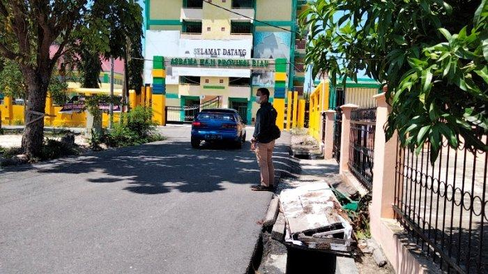 Ambulans Jemput Pasien Isoman, Dewan Riau Harap Petugas Penjemput Humanis dan Tidak Menakutkan