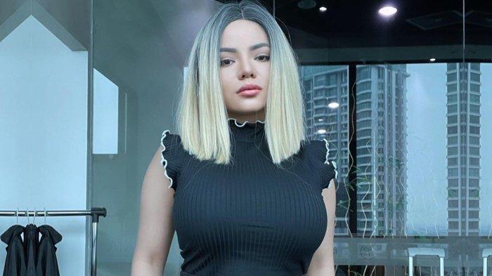 Dinar Candy Diangkut Polisi, Dimintai Sejumlah Keterangan, Buntut Tampil Pakai Bikini di Jalanan