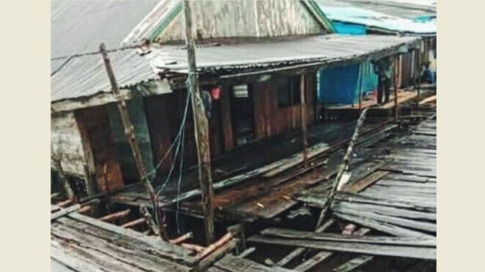 Disapu Gelombang, Anak-Anak Pemukiman Nelayan Desa Kuala Selat Inhil Kehilangan Tempat Mengaji