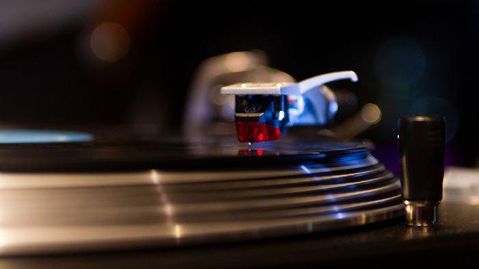 Download Lagu Baru Bila DJ Tik Tok: Cek MP3 Bila Dia Menyukaiku Ku Kira Dia Mencintaiku Remix