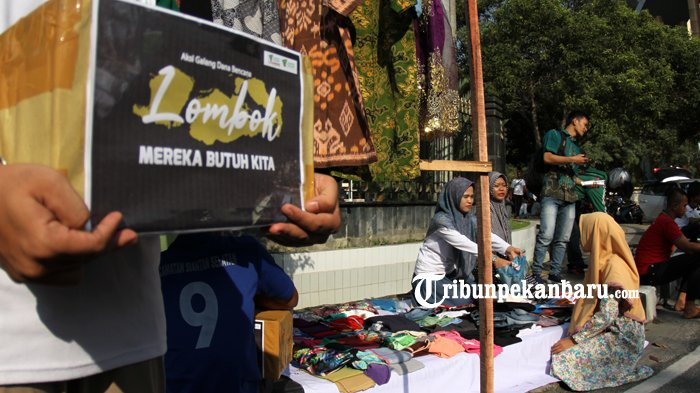 FOTO: Penjualan Baju Layak Pakai untuk Membantu Korban Gempa Lombok - dompet-dhuafa-donasi-untuk-korban-gempa-lombok_20180902_162615.jpg