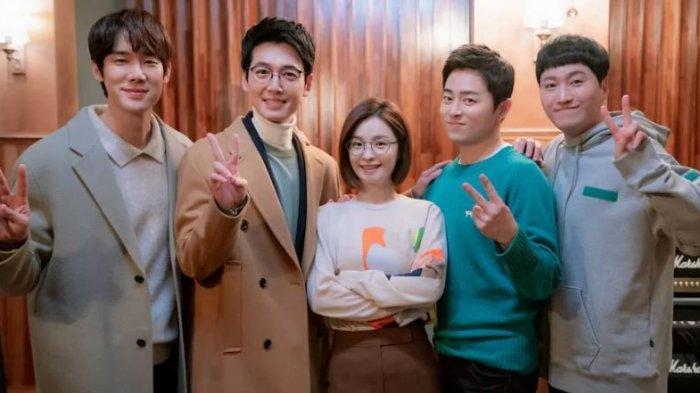 Drama Korea Terpopuler Minggu Kedua Juli 2021, Drakor Hospital Playlist 2 Bertahan