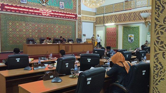 Protes Keras,DPRD Pelalawan Kesal KadisTak Hadir Paripurna RPJMD,Wabup Lapor Bupati, Apa Sanksinya?