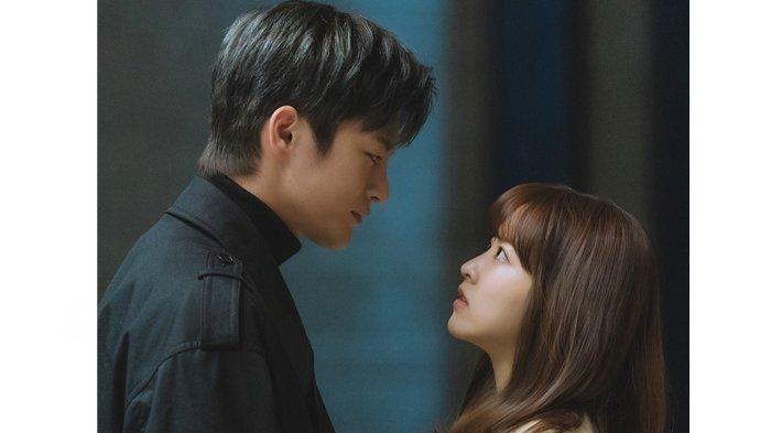 Bocoran Drama Korea Doom at Your Service Episode 2, Download Drakorindo Terbaru Park Bo Young