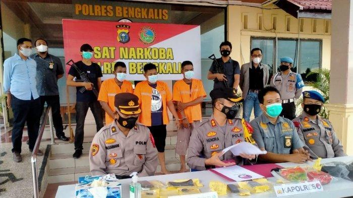 Dua Tenaga Honorer di Bengkalis Diringkus Polisi, Tertangkap Pakai Narkoba Saat Piket Malam