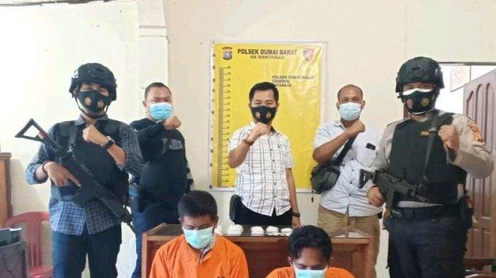 Dua Pengedar Narkoba Ditangkap di Dumai Bersama Setengah Kg Lebih Sabu