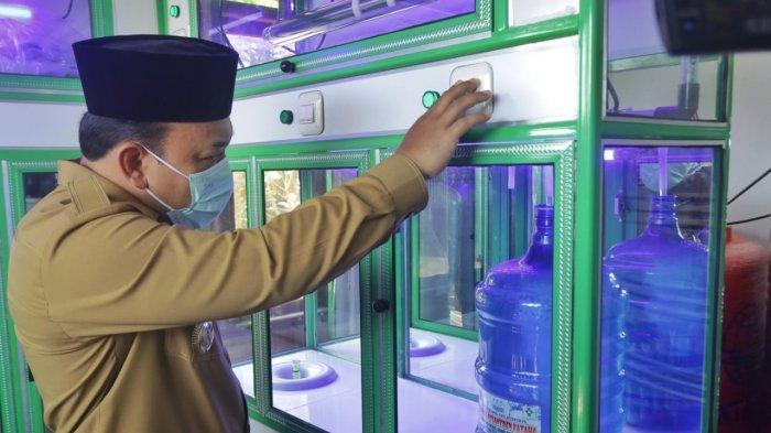 Dukung Pondok Pesantren Mandiri, Wabup Siak Resmikan Usaha Depot Air Minum di Ponpes Modern Fataha