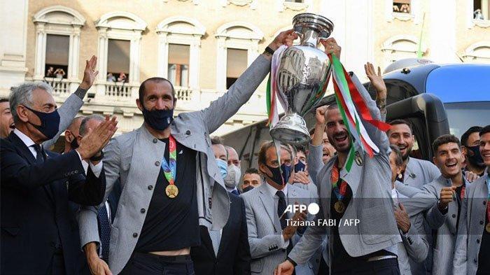 Duo Bek Tangguh Juventus Berjaya di Timnas Italia, Penggemar Minta Bertahan hingga Piala Dunia 2022