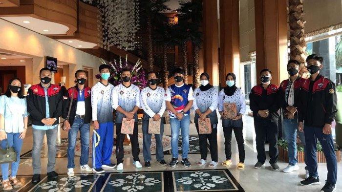 Eagle Taekwondo Dukung Tim Riau di PON Papua, Beri Cendramata ke Para Atlet Lancang Kuning