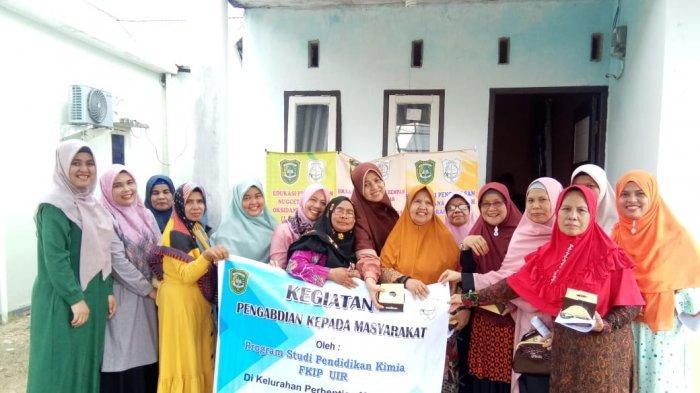Tim Pengabdian Masyarakat UIR Edukasi dan Sosialisasikan Hal Ini untuk Ibu PKK