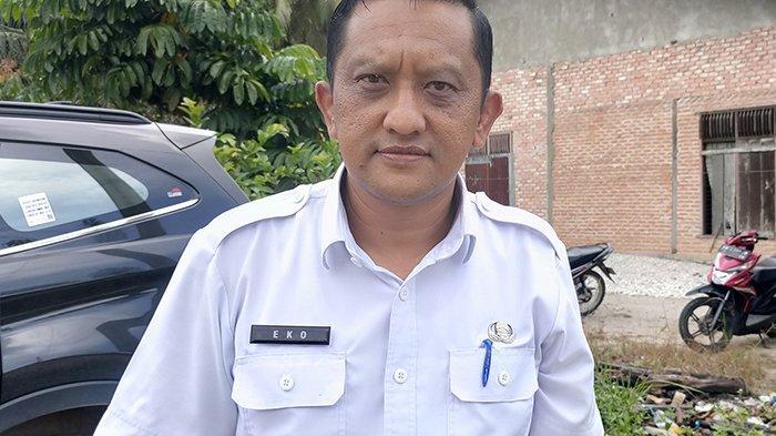 Kepala Dinas Lingkungan Hidup (DLH) Pelalawan, Eko Novitra