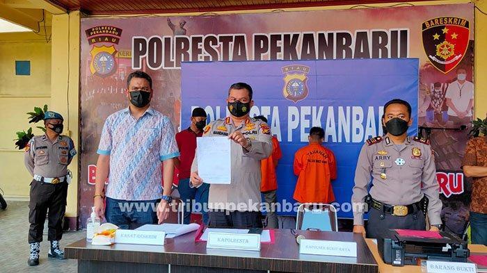 Foto : Bos dan Pegawai Ditangkap Polisi, Palsukan Surat Hasil Tes Swab PCR - ekspos-swab-pcr-palsu.jpg