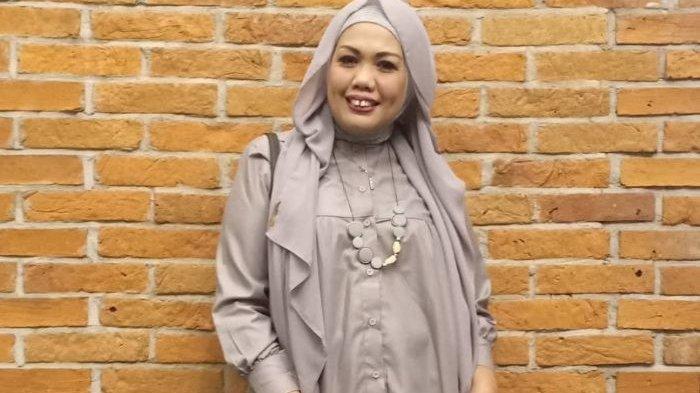 Kerap Jadi Sorotan, Putri Elly Sugigi: Aku Nyesal Punya Ibu Kayak Kamu