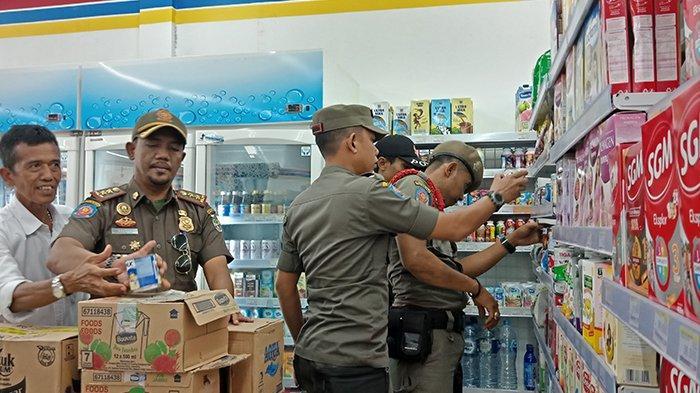 Es Krim dan Susu Setahun Kedaluwarsa Ditemukan Saat Satpol PP Pelalawan Riau Razia Toko Ritel