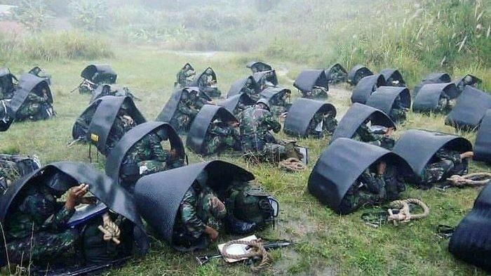 Brimob Dan Rider Mendarat Ke Puncak Papua Untuk Basmi KKB Keroconya Sabinus Waker