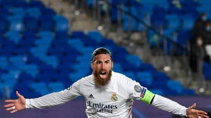 Serigo Ramos Tetap di Liga Spanyol Musim Depan, Pindah ke Barcelona? Ini Kata Etoo