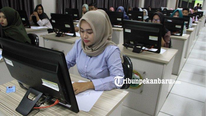STORY - Ryva Khawatir Terkendala Saat Daftar CPNS 2019 Secara Online di Pekanbaru