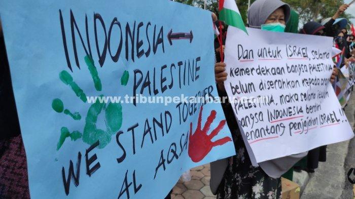 FOTO: Aksi Solidaritas Bela Palestina di Pekanbaru - foto_aksi_solidaritas_bela_palestina_di_pekanbaru-1.jpg
