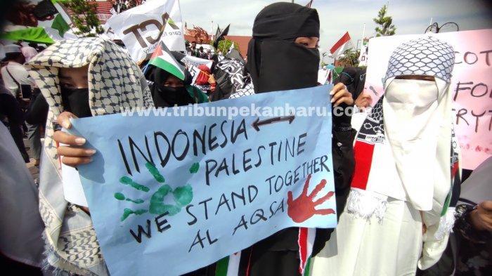 FOTO: Aksi Solidaritas Bela Palestina di Pekanbaru - foto_aksi_solidaritas_bela_palestina_di_pekanbaru-3.jpg
