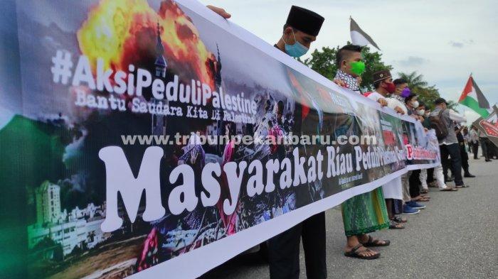 FOTO: Aksi Solidaritas Bela Palestina di Pekanbaru - foto_aksi_solidaritas_bela_palestina_di_pekanbaru-4.jpg