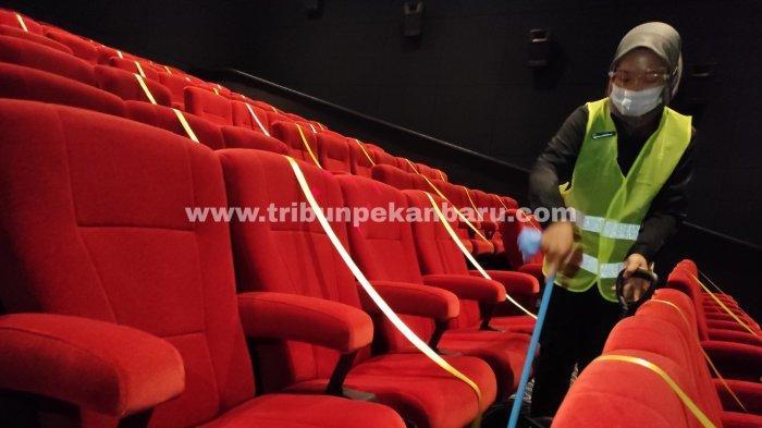 FOTO: Bioskop di Pekanbaru Kembali Buka, Terapkan Protokol Kesehatan - foto_bioskop_di_pekanbaru_kembali_buka_1.jpg