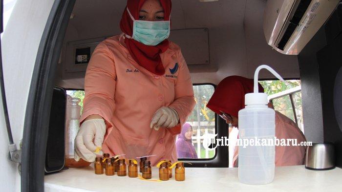 FOTO: Edukasi BBPOM di Kawasan HBKB Pekanbaru - foto_edukasi_bbpom_di_kawasan_hbkb_pekanbaru_4.jpg