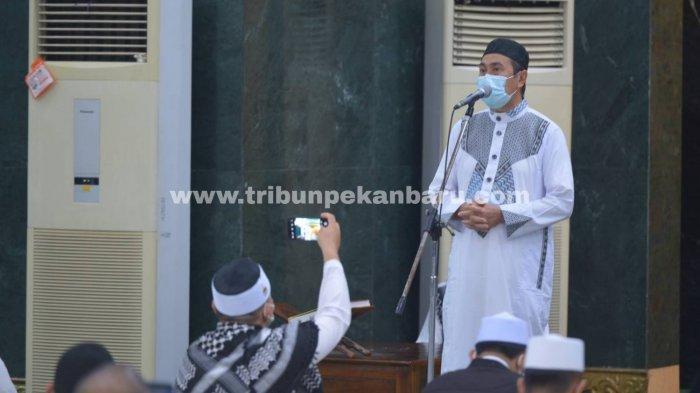 Gubri Syamsuar Imbau Masjid di Wilayah Zona Merah Covid-19 di Riau Tidak Laksanakan Tarawih