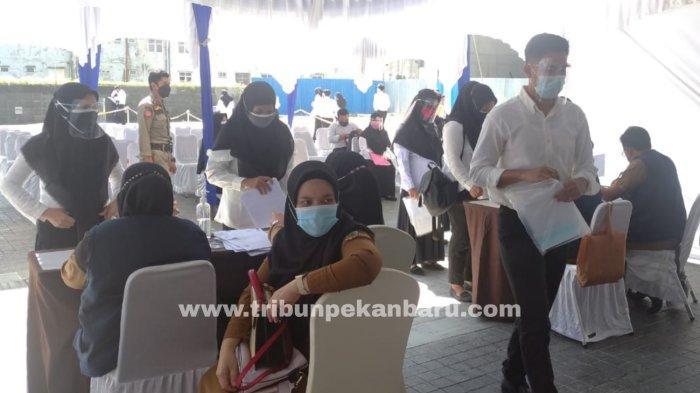 FOTO: Hari Terakhir SKD Seleksi CPNS Pemko Pekanbaru 2021 - foto_hari_terakhir_skd_seleksi_cpns_pemko_pekanbaru_2021_1.jpg