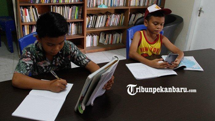 Tahun Ajaran Baru Mulai 13 Juli, Peserta Didik di Pekanbaru Masih Belajar Secara Online