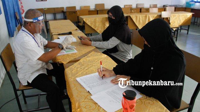 FOTO: Konsultasi PPDB Online di SMA Negeri 8 Pekanbaru - foto_konsultasi_ppdb_online_di_sma_negeri_8_pekanbaru_1.jpg