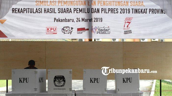 FOTO: KPU Riau Gelar Simulasi Pemungutan dan Penghitungan Suara Pemilu 2019 - foto_kpu_riau_gelar_simulasi_pemungutan_dan_penghitungan_suara_pemilu_2019_1.jpg