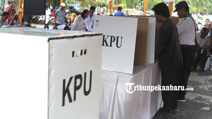 FOTO: KPU Riau Gelar Simulasi Pemungutan dan Penghitungan Suara Pemilu 2019 - foto_kpu_riau_gelar_simulasi_pemungutan_dan_penghitungan_suara_pemilu_2019_3.jpg