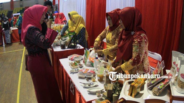 FOTO: Lomba Menu Berbahan Sagu Meriahkan Festival Pangan Lokal di Pekanbaru - foto_lomba_menu_berbahan_sagu_meriahkan_festival_pangan_lokal_di_pekanbaru_3.jpg