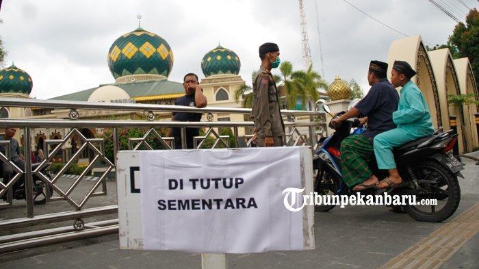 FOTO: Masjid Paripurna Agung Ar Rahman Ditutup untuk Ibadah Salat Jumat - foto_masjid_paripurna_agung_ar_rahman_ditutup_untuk_ibadah_salat_jumat_1.jpg