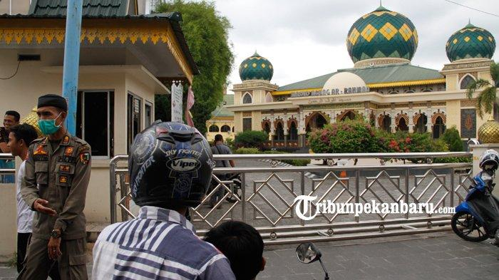 PENJELASAN MUI Riau Tentang Imbauan Tidak Melaksanakan Sholat Jumat dan Sholat Berjamaah di Masjid