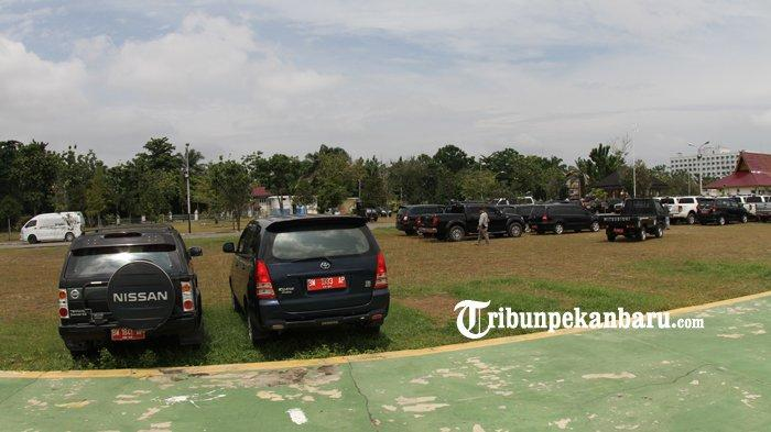 Bapenda Riau Kejar Pemilik Mobil Mewah Penunggak Pajak, Apa Kabar Tunggakan Pajak Mobil Dinas?