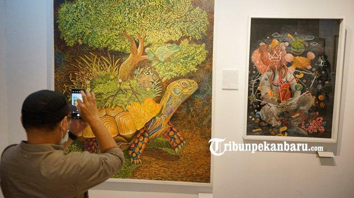 FOTO: Pameran Seni Pakar Riau di Pekanbaru - foto_pameran_seni_pakar_riau_di_pekanbaru_3.jpg