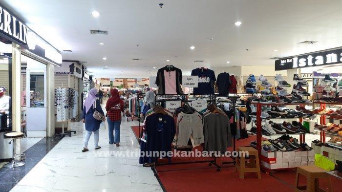FOTO: Pedagang STC Pekanbaru Kembali Berjualan - foto_pedagang_stc_pekanbaru_kembali_berjualan_3.jpg