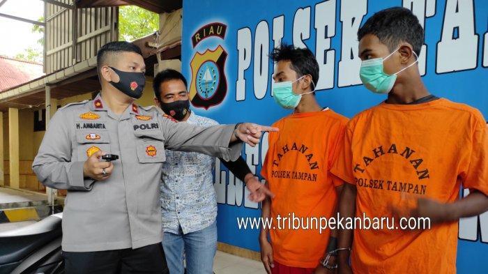 FOTO: Pelaku Jambret 27 Lokasi di Pekanbaru Diringkus Polsek Tampan Pekanbaru - foto_pelaku_jambret_27_lokasi_di_pekanbaru_diringkus_polsek_tampan_pekanbaru_2.jpg