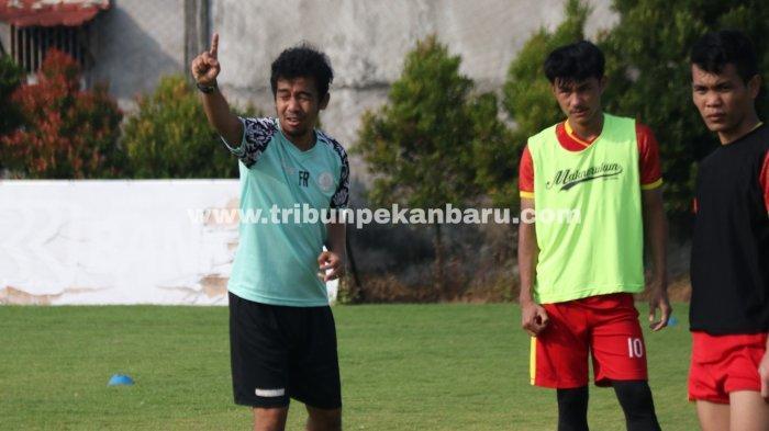 Pelatih AA Tiga Naga Feryandes Bocorkan Strategi Tim Jelang Liga 2 2021,Taktik Apa akan Diterapkan?