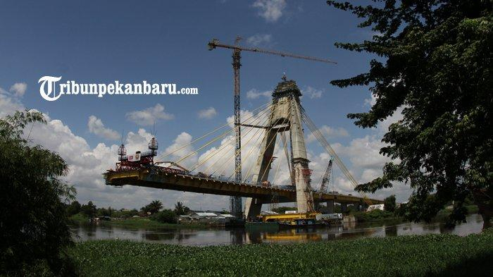 Jembatan Siak IV Pekanbaru Januari Wajib Selesai, Capaian Pembangunan Baru 65 Persen