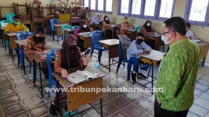 FOTO: Pembelajaran Tatap Muka di Pekanbaru - foto_pembelajaran_tatap_muka_di_pekanbaru_1.jpg