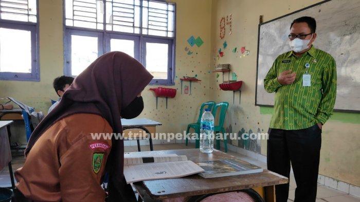 FOTO: Pembelajaran Tatap Muka di Pekanbaru - foto_pembelajaran_tatap_muka_di_pekanbaru_2.jpg