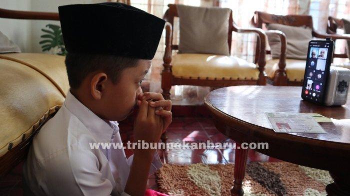 FOTO: Pengumuman Kelulusan Secara Online di Pekanbaru - foto_pengumuman_kelulusan_secara_online_di_pekanbaru_1.jpg