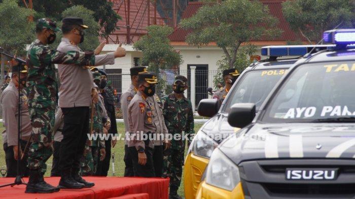FOTO: Penyaluran Bansos PPKM Riau - foto_penyaluran_bansos_ppkm_riau_2.jpg