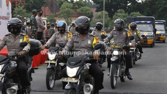 FOTO: Penyaluran Bansos PPKM Riau - foto_penyaluran_bansos_ppkm_riau_3.jpg